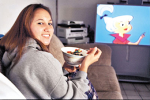 la youth essay contest what s your favorite food  essay winner merrit panaligan of north hs in torrance loves to eat trix while watching cartoons photo by managing editor libby hartigan