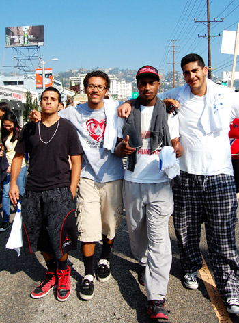 Members of the Taft High School AIDS Walk team.Photo by Christian Santiago, 18, Santa Monica College